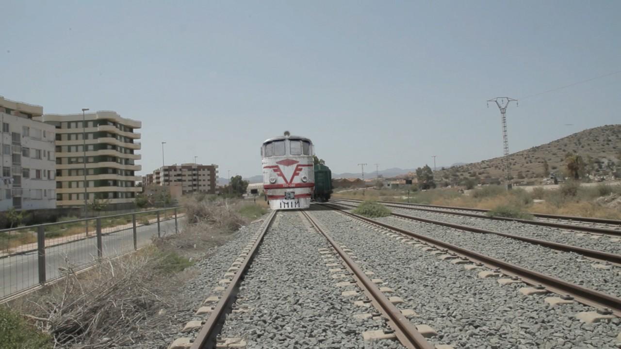 Escena 13: ext. el tren